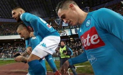 Nápoles apuntala liderato y el Inter se desinfla