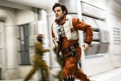 """"""" Star Wars """" celebra la Navidad como líder de la taquilla en EE.UU."""