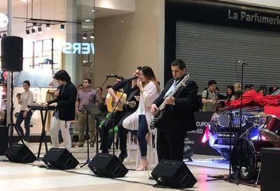Centro comercial brinda actividades de fin de año