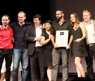 Amelia  y  Che renói reciben galardón  en festival de cortos