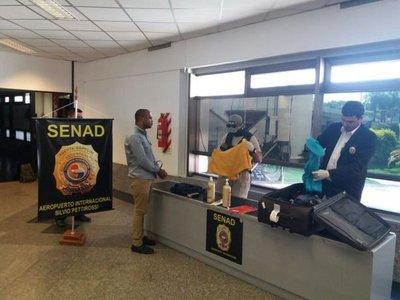 Brasileño queda detenido con droga en el Silvio Pettirossi