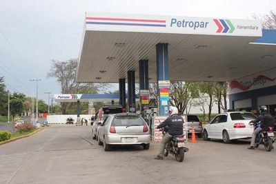 MIC y Petropar analizarán ajuste al diésel