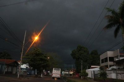 Alerta de tormentas para cinco departamentos del norte del país