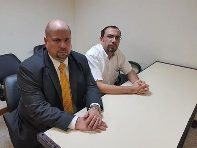 Lippmann fue víctima de hackers y extorsión, dice abogado