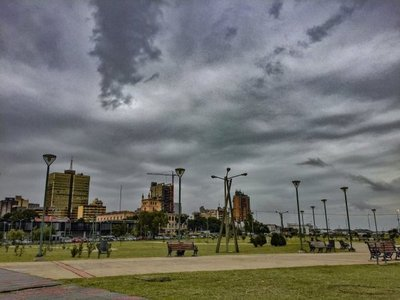 Alta probabilidad de tormentas persiste en todo el país