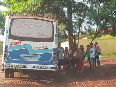 Se paga pasaje de G. 2.900, pero buses quedan varados en plena calle