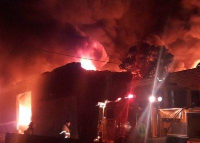 Un incendio dio mucho trabajo en Itá