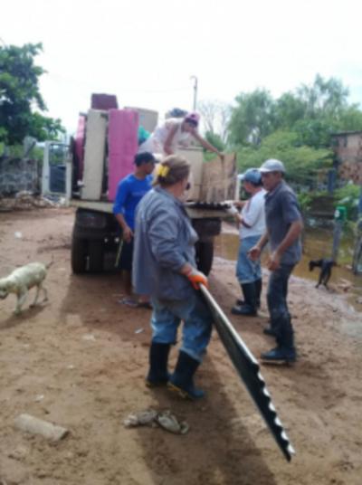 La crecida del río Paraguay no perdona y desplaza a más familias