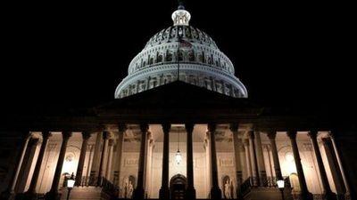 El Gobierno de Estados Unidos inició un cierre parcial por falta de fondos