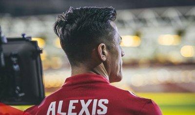 Rueda dice fichaje de Alexis por el Manchester United es extraordinario