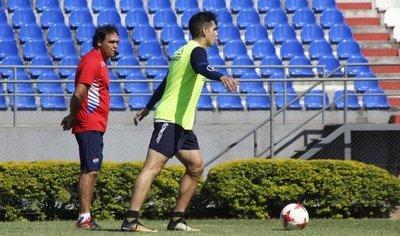 Celso Ayala pretende a un jugador de Cerro Porteño