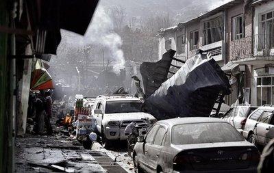 Terroristas atacan en Afganistán, Ecuador y Colombia