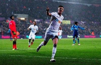 Swansea festejó ante Arsenal