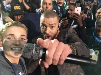 """Niño que ignoró a Justin es un nuevo """"famoso"""""""