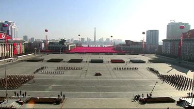 Kim Jong-un encabezó otro desfile del Ejército norcoreano