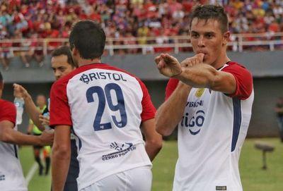 """Errores y """"mínimos detalles"""" defensivos le costaron caro a Cerro"""