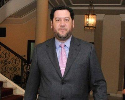 Juez admite imputación contra Jorge Turi Capello