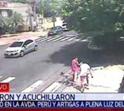 Apuñalan a estudiante para robarle su mochila y celular