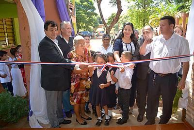 Reparación de tres aulas le cuesta casi 200 millones a la Municipalidad de Hernandarias