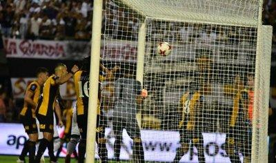 William Mendieta no duda: Para mí fue gol olímpico