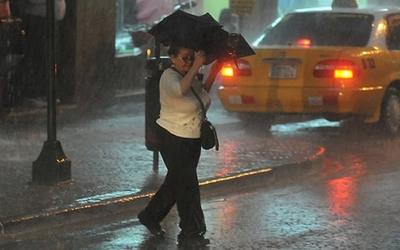 Alerta por tormentas para 12 departamentos