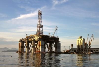 Diversos factores contribuyeron a la caída del crudo