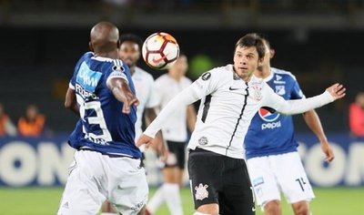Corinthians araña un punto en su visita al Millonarios