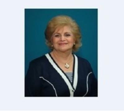 Dieron el último adiós a la maestra Deyma de Kerling