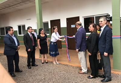 Asociación Heinfried Wolfgang Kress inauguró edificio de escuela en Itapúa