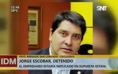Escobar arregla caso de estafa y sale en libertad