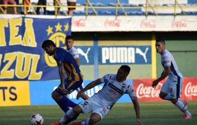 Nacional vence a Luqueño y se acerca a la cima del torneo