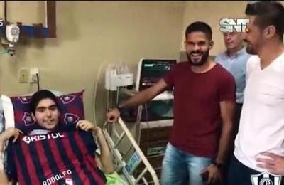 Emocionante gesto de jugadores de Cerro Porteño