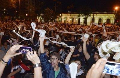 Convocan a protesta contra la corrupción