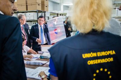 Llegaron los observadores internacionales en misión electoral