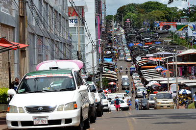 Usuarios se quejan de los cobros excesivos de las tarifas en taxis