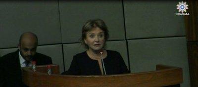 Ana Brun critica autoblindaje parlamentario