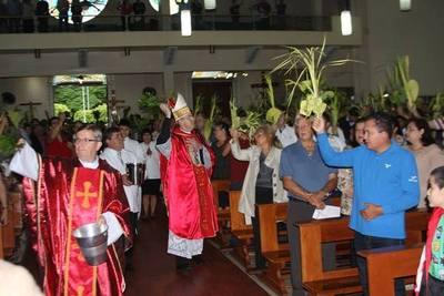 Domingo de Ramos reunió a una multitudinaria feligresía católica