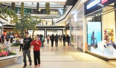 Shoppings abrirán los días santos ante la llegada de turistas