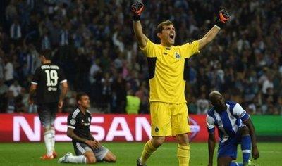 Iker Casillas alcanza los 1.000 partidos como profesional
