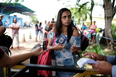 Pese a la presión, Temer mantendrá abierta la frontera con Venezuela