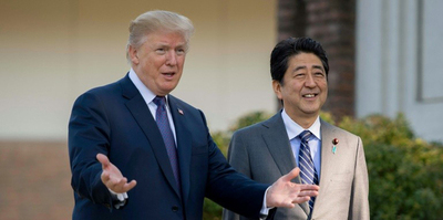 Trump recibe a primer ministro japonés previo a reunión con Kim
