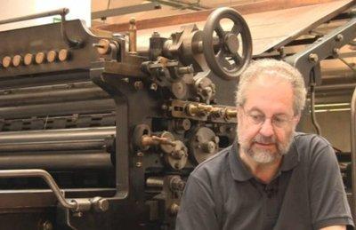 Muere el escritor Pedro Sorela, experto en García Márquez