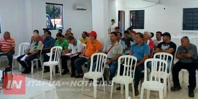 AUTORIDADES DE LA ANDE SE REUNIERON CON ELECTRICISTAS DE ENCARNACIÓN