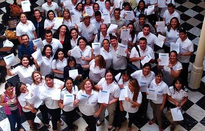 MEC ha creado el Programa BECAL Paraguay