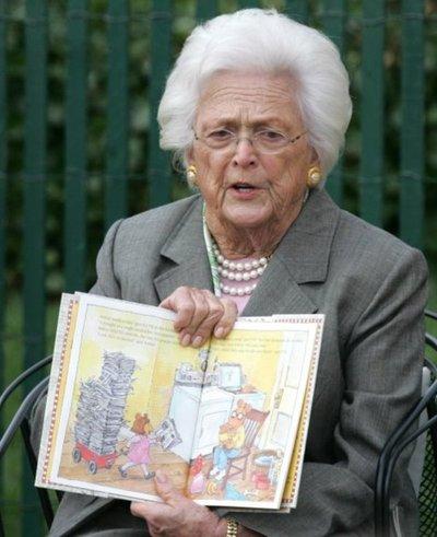 Expresidentes, familiares y amigos se despidieron de Barbara Bush