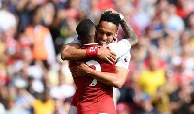 El Arsenal se divierte antes de recibir al Atlético