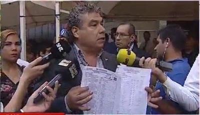 """""""Me robaron 10 votos en una sola mesa"""", denuncia Jorge Castro"""