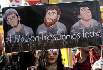 México: estudiantes habrían sido disueltos con ácido