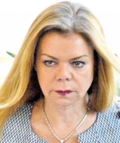 McLeod denunciada por desacato