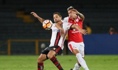 Flamengo aguanta y le arranca un punto valioso a Santa Fe